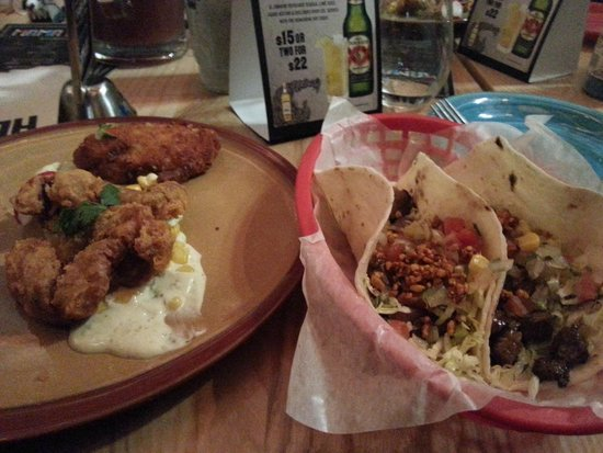 Mama Loco: Soft shell crab and mole beef taco