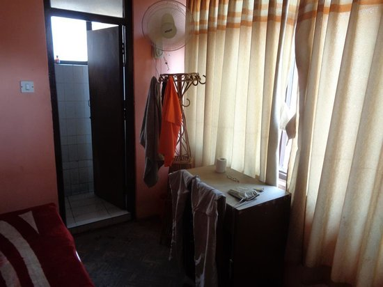 Khangsar Guest House: room