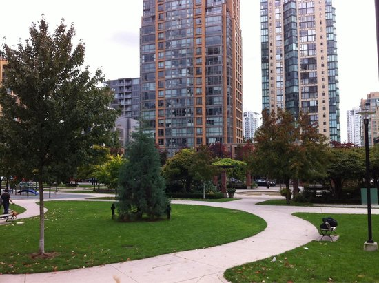 Emery Barnes Park