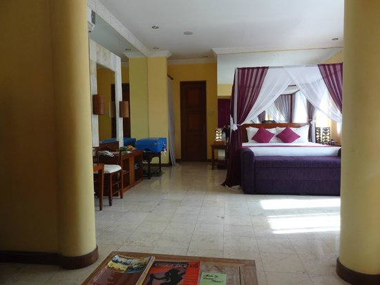 The Mansion Resort Hotel & Spa: room photo