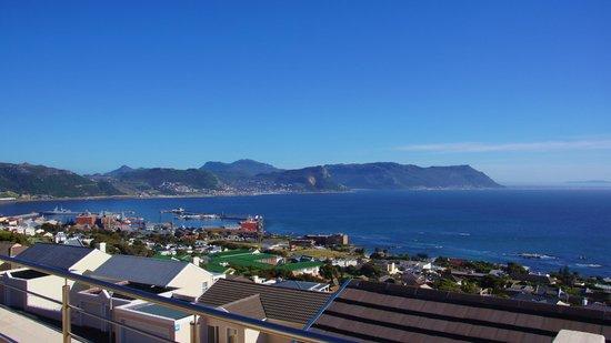 Magellan's Passage : View from the balcony - honeymoon suite