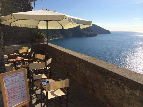 Terrace with tables - Picture of Bar Terza Terra Corniglia ...
