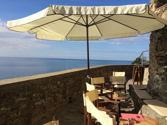 Vista dalla terrazza - Picture of Bar Terza Terra Corniglia ...