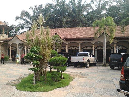 Parapat, อินโดนีเซีย: hotel nuansa rantau prapat