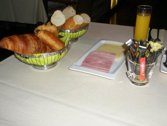 La Tonnellerie: Le petit déjeuner