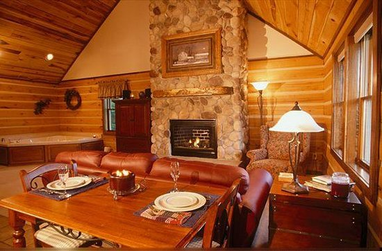 Colfax, IN: Cabin Interior
