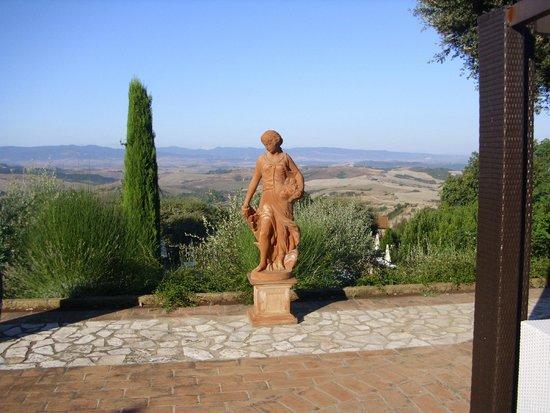 La Vecchia Sassa: The view to weak up everyday. Breath talking....