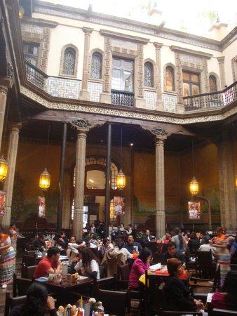 Foto de sanborns de los azulejos ciudad de m xico los for Sanborns azulejos historia