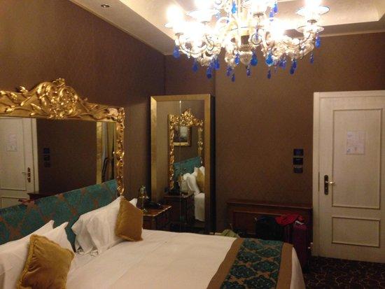 Hotel Pesaro Palace: room2