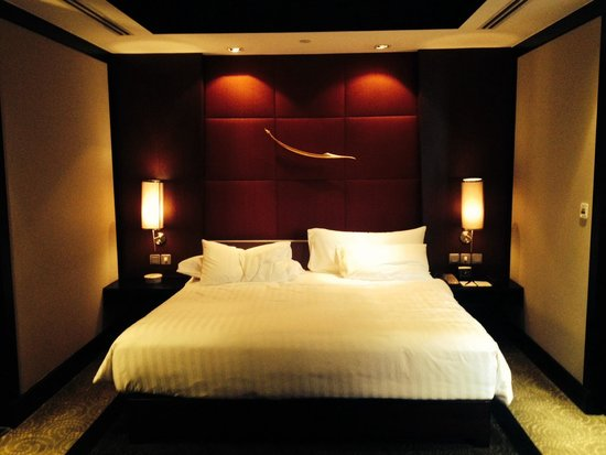 Lit king size picture of banyan tree bangkok bangkok tripadvisor - Lit king size 200x200 ...