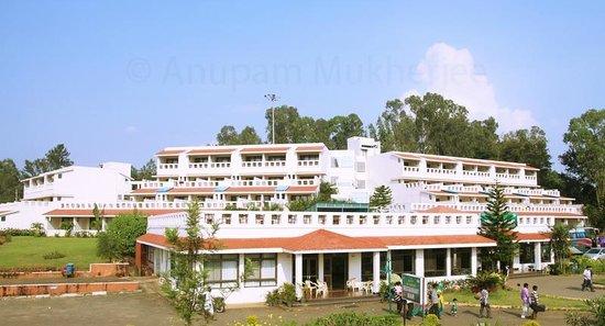 Aptdc Haritha Mayuri Resort Hill