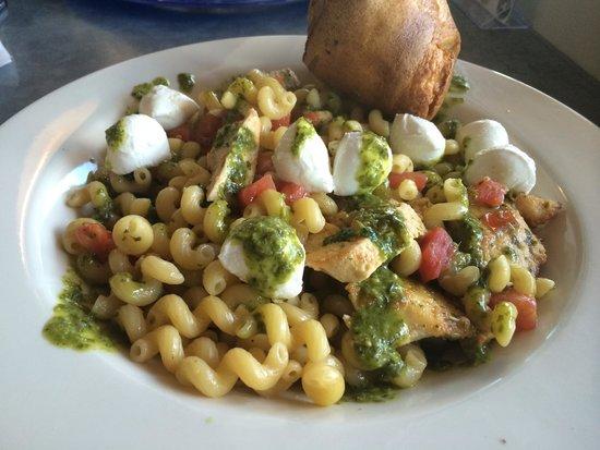 Blue Plate Kitchen: Caprese Pasta (and popover!)