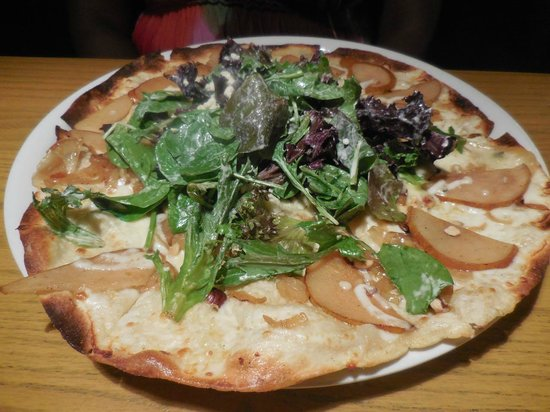California Pizza Kitchen Houston | Pear And Blue Cheese Pizza Picture Of California Pizza Kitchen