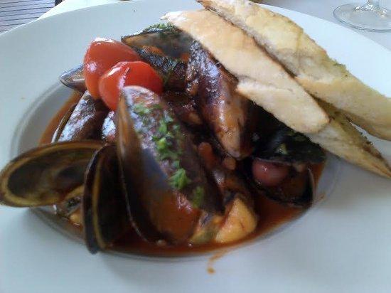 Little Havana: Mussel starter