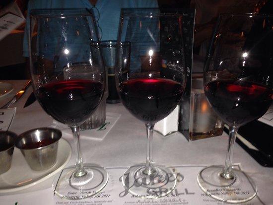 Jake's Grill: Pinot noir wine flight