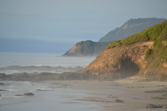The Yachats Inn: Coast