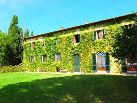 Casa Sola - Chianti Winery: The winery