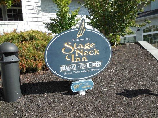York Harbor, ME: Sign at the Inn