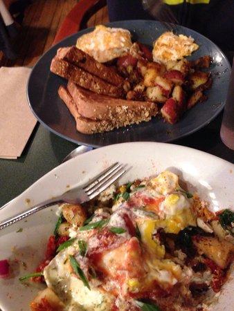 Hello Toast: Amazing breakfast!