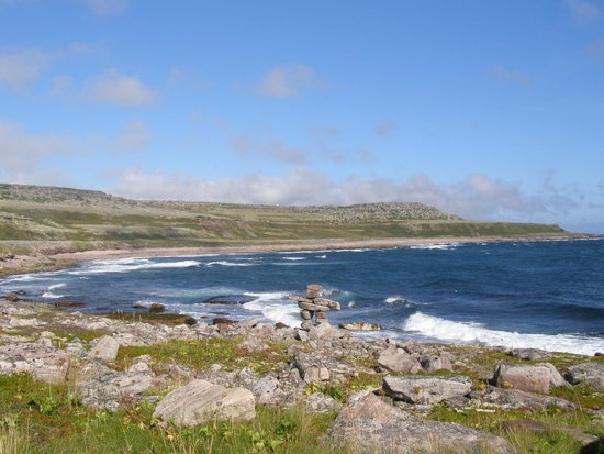 Forteau, Canadá: Beautiful coastal hike - 5 minute drive from B&B
