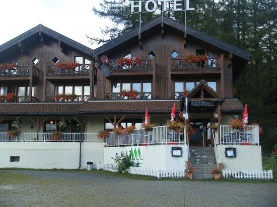Hotel Alpenhof : the hotel in October