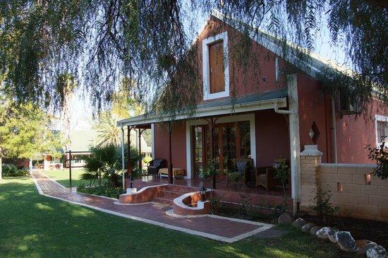 Montana Guest Farm: Aussenanlage
