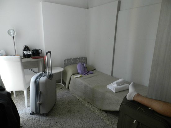 Al Portico Guest House: Quarto sala muito bom