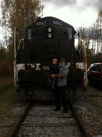 Ione, WA: Papa and grandson after riding the train.