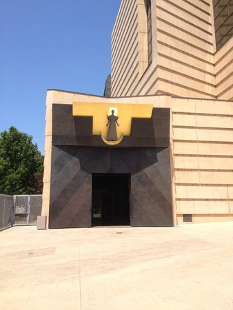 Cathedral of Our Lady of the Angels : L'ingresso