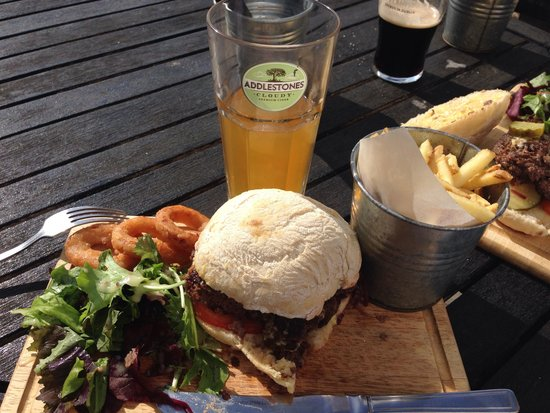 Tower Inn: The tower burger