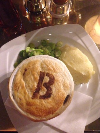 Browns Brasserie & Bar: Browns pie- delicious