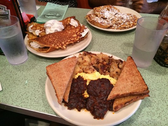 Pamela's: Eggs, Potatoes, & Hotcakes