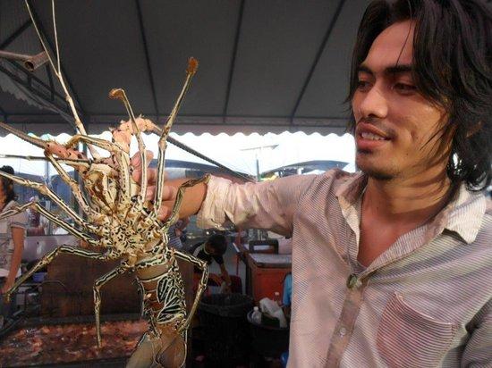Night Market, Kota Kinabalu : spider crab