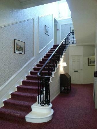 Broughton Craggs Hotel: Le grande staircase