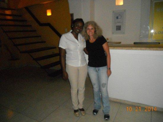 Hotel Casa Los Puntales : con Jesica una de las recepcionistas del hotel.