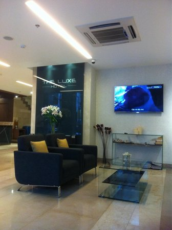 The Luxe Hotel: Clean new hotel with friendly and helpful staffs..