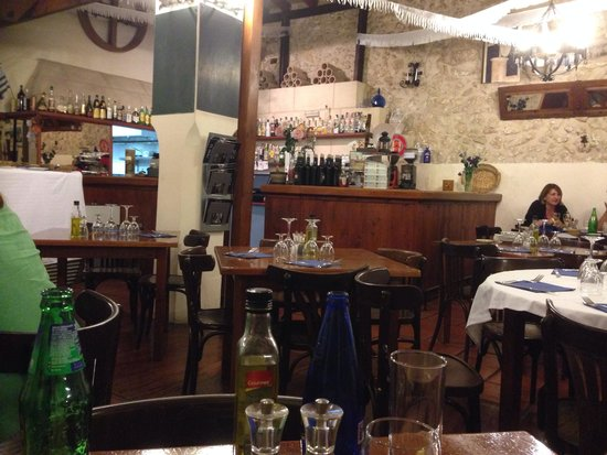 Celler El Moli: Inside the restaurant
