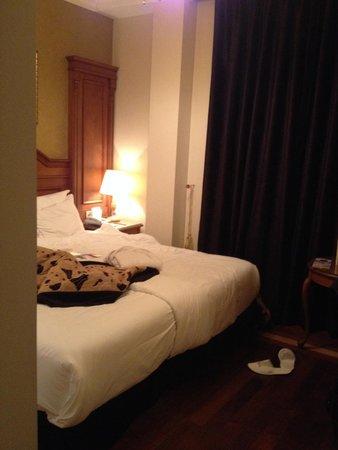 GLK PREMIER Acropol Suites & Spa : comfy beds