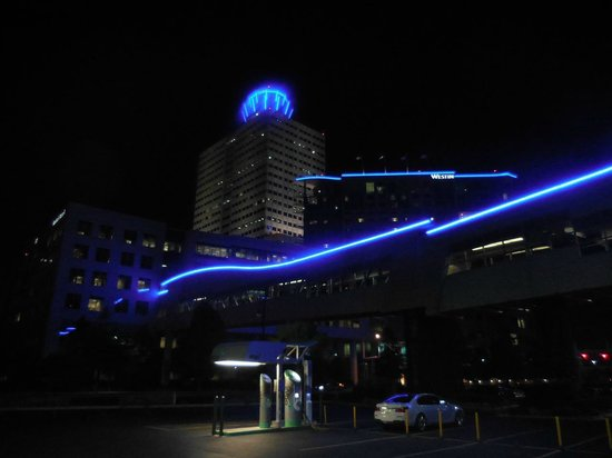 The Westin Houston Memorial City: Memorial Hermann And The Westin At Night