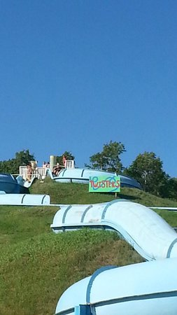 Kenosee Lake, Canada: Kenosee water slides