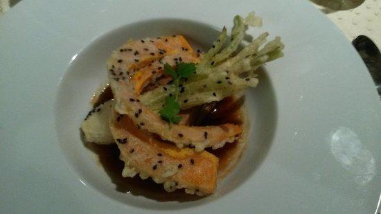 Au Trotthus : Travers de porc confit, sauce douce au soja, gingembre et ciboulette, tempura de potimarron et o