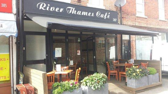 Indian Restaurants Near River Thames