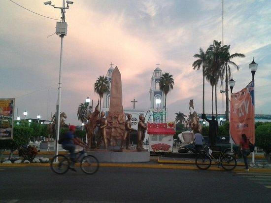 Comalcalco: Down town
