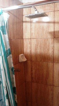 Doña Catta Inn: Rain Shower Awaits! :-)