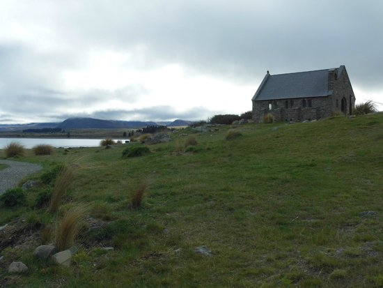 Lake Tekapo Cottages: Church of the Good Shepherd