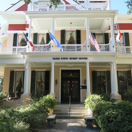 Park View Historic Hotel and Guest House: Front of House