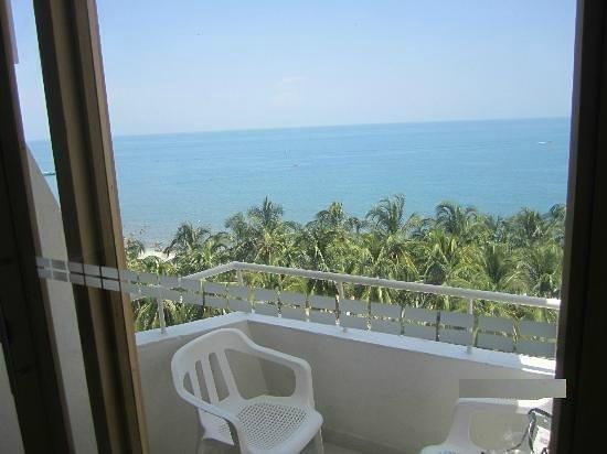 Hotel be La Sierra: balcon habitacion