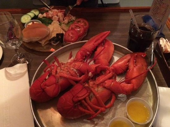Nunan's Lobster Hut: This is what it is about