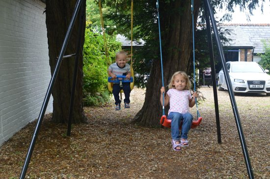 Burgate Farmhouse: Swing set
