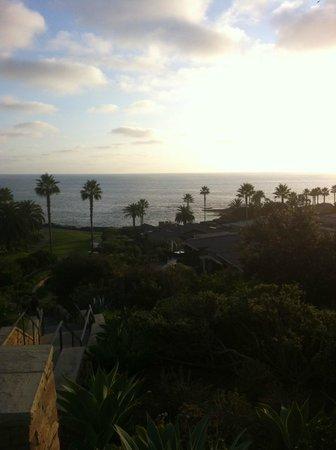 Laguna Beach Lodge: Across the street - Montage grounds and Treasure Island beach